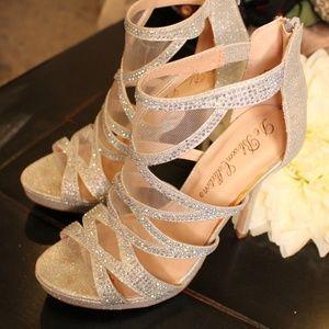 Elegant Silver Glittery De Blossom Collection Heel